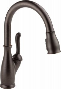 Venetian bronze Delta Leland 9178-RB-DST pull-down single handle kitchen faucet